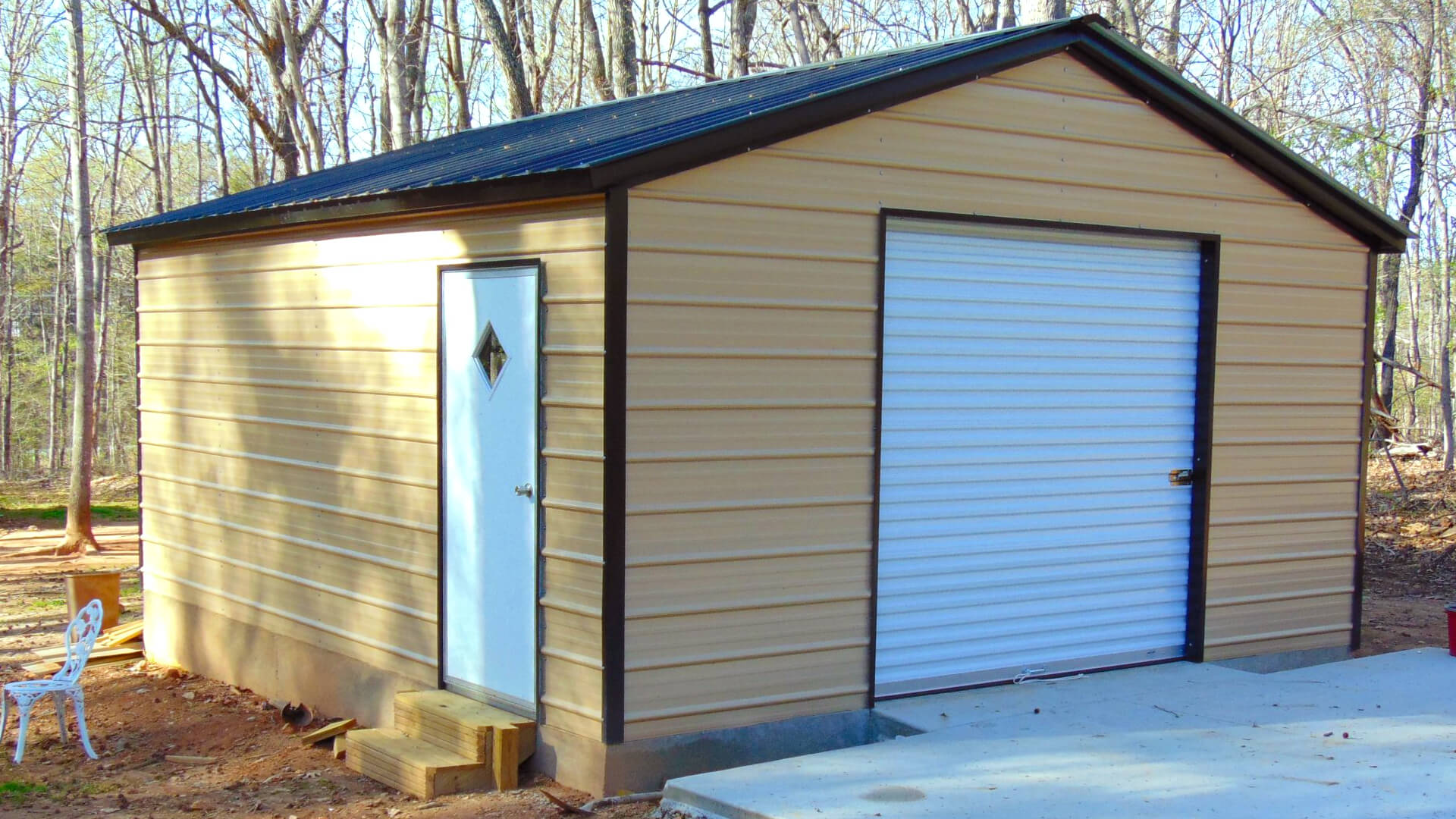 20'x20' One Car Metal Garage