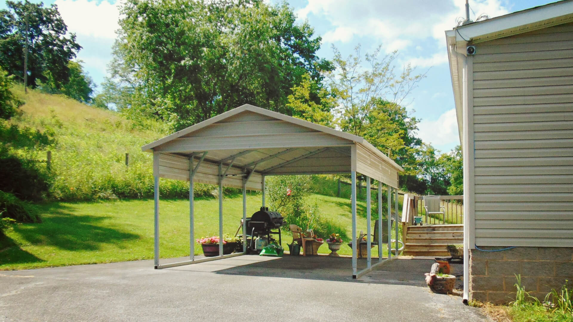 12x21 Boxed Eave Roof Steel Carport